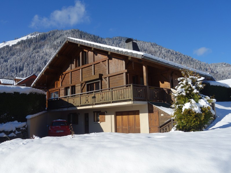 Large detached Chalet For Sale in Essert Romand through Leggett Immobilier - Morzine/Les Gets