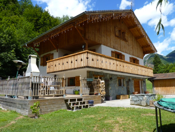 Chalet for sale in La Baume