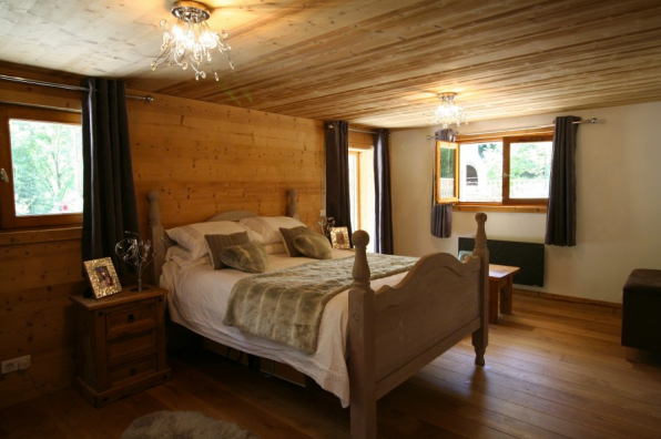 La Baume Chalet for Sale with great views. 3