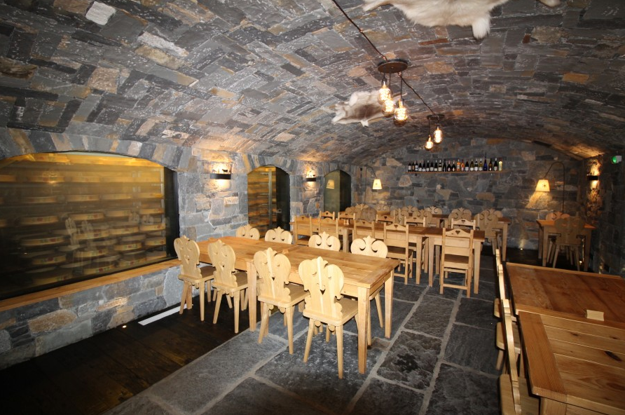 Restaurant for Sale in Morzine Leggett Immobilier 7